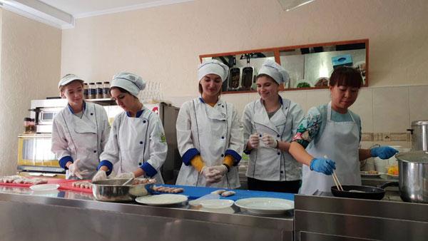 Quảng bá ẩm thực Việt Nam tại Ucraina