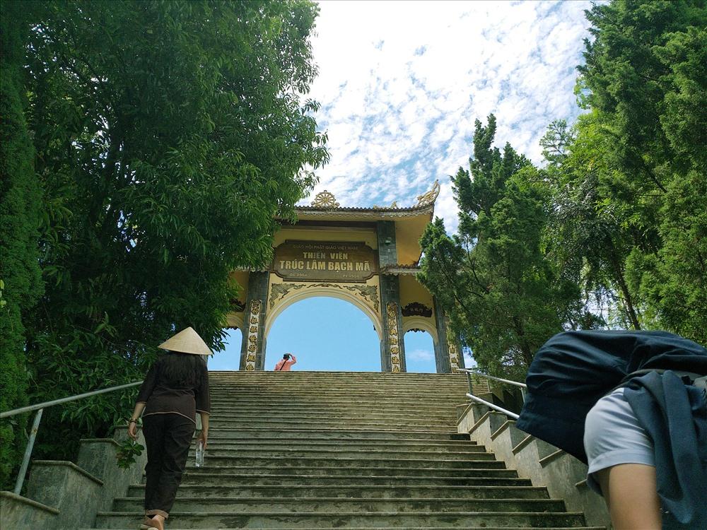Qua 172 bậc đến đất Thiền viện Trúc Lâm Bạch Mã thoát tục