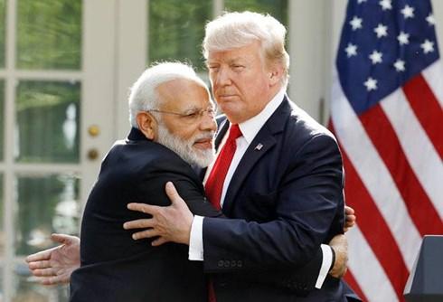 Thách thức trừng phạt của Mỹ, Ấn Độ chứng tỏ mình không dễ mua chuộc
