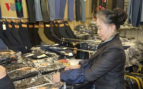 Nỗ lực vượt khó của phụ nữ Việt Nam tại Cộng hòa Séc