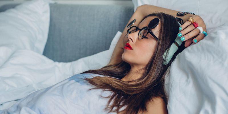 4 thói quen xấu này trước khi đi ngủ để không làm tổn hại tới sức khỏe