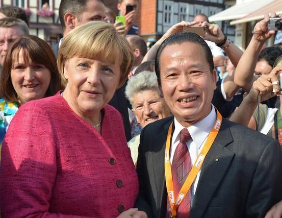 Chính trị gia gốc Việt 5 lần tái đắc cử nghị sỹ tại Thale, CHLB Đức