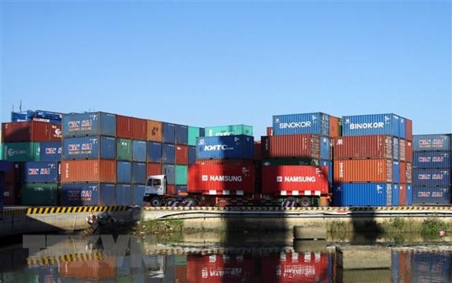 Doanh nghiệp chật vật khi 50 container cá ngừ bị ách tại cảng