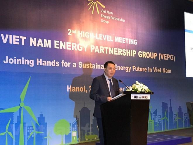 EU cam kết hỗ trợ Việt Nam chuyển dịch sang nguồn năng lượng sạch