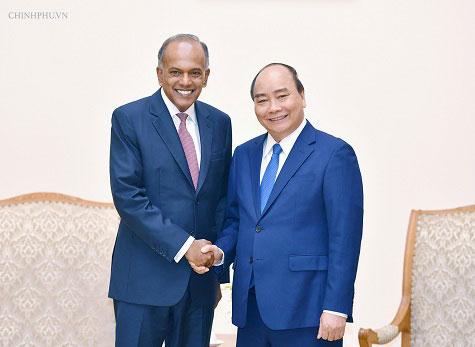Thủ tướng tiếp Bộ trưởng Bộ Nội vụ kiêm Bộ trưởng Bộ Luật pháp Singapore