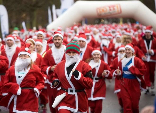 Hơn 7.000 Ông già Noel tiếp tục sứ mệnh sẻ chia những