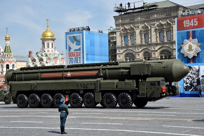 Nga vươn lên vị trí thứ hai thế giới về xuất khẩu vũ khí