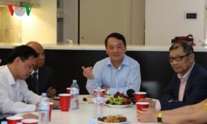 Đoàn đại biểu Mặt trận Tổ quốc Việt Nam gặp gỡ doanh nghiệp kiều bào tại Australia