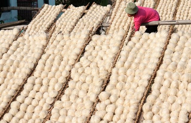 Làng nghề bánh đa Lộ Cương
