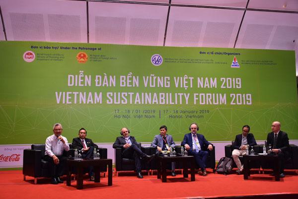 """Hội thảo """"Áp dụng công nghệ trong nông nghiệp để phát triển bền vững"""""""