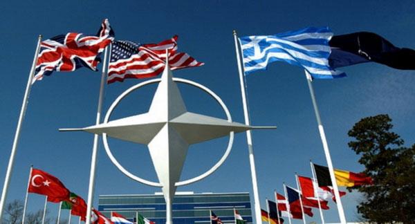 Phản ứng của NATO trước nguy cơ Mỹ rút khỏi liên minh