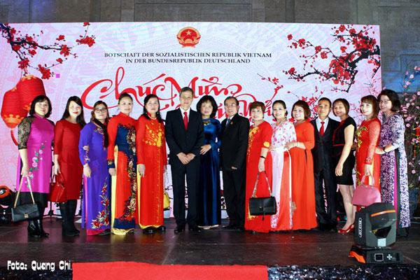 Đại sứ quán Việt Nam tại Đức tổ chức đón Xuân Kỷ Hợi 2019
