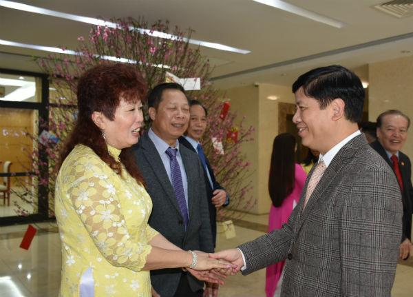 Thứ trưởng Nguyễn Quốc Cường tiếp Hội người Việt Nam tại Séc