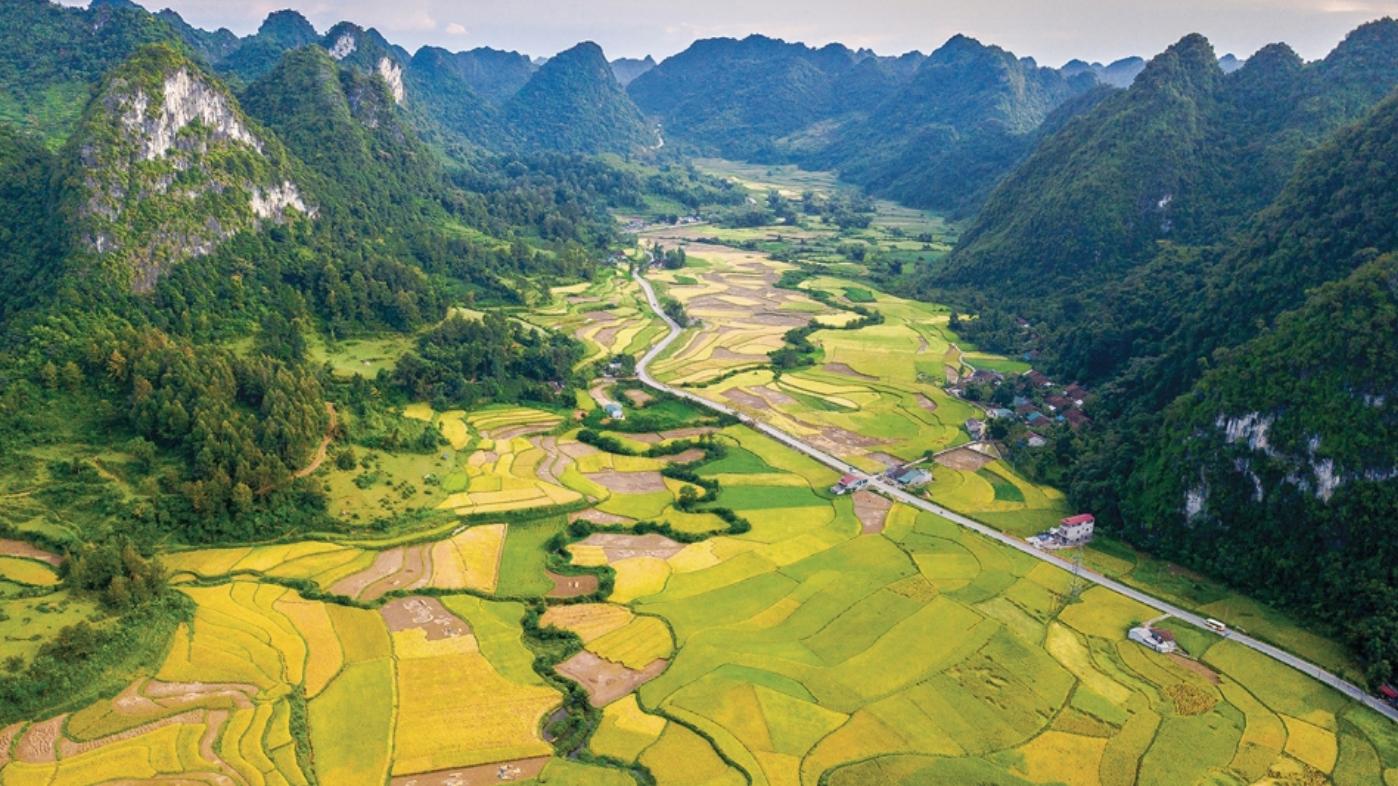 """Công viên Địa chất Toàn cầu Non nước Cao Bằng: """"Xứ sở thần tiên"""" phía bắc Việt Nam"""