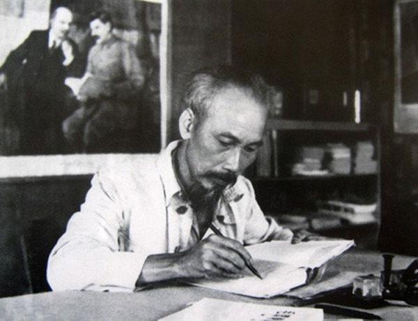 Vật chất và tinh thần - Tư tưởng triết học Hồ Chí Minh qua Nhật ký trong tù