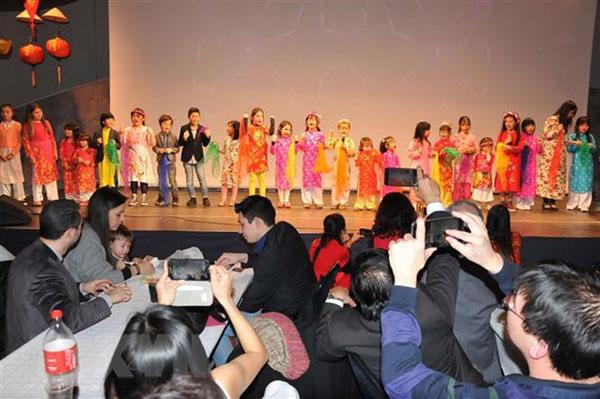 Cộng đồng người Việt tại Bỉ vui đón Xuân Kỷ Hợi 2019