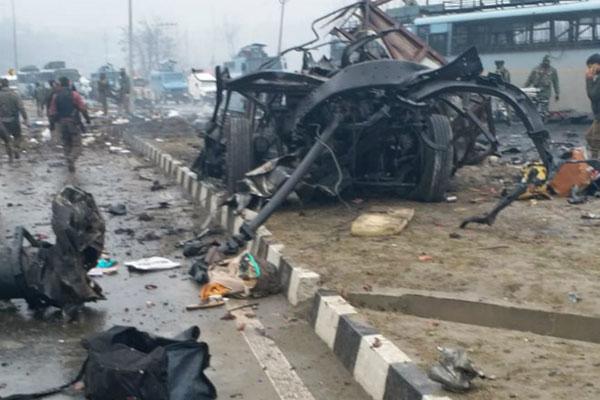 Tấn công đẫm máu nhằm vào cảnh sát Ấn Độ tại bang Jammu và Kashmir