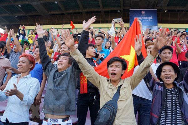 Vạn sự khởi đầu nan, kiều bào đặt trọn niềm tin vào U22 Việt Nam