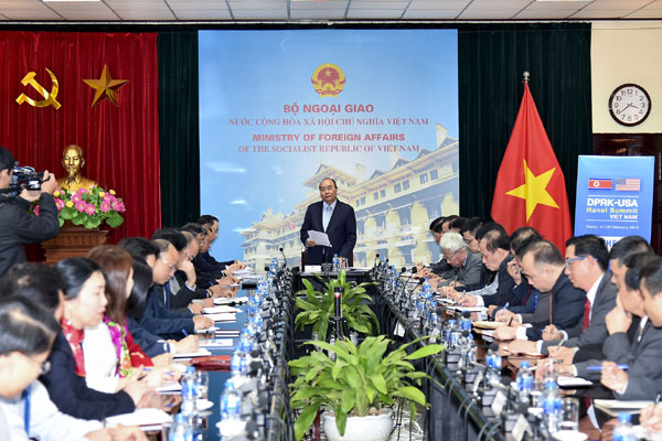 Thủ tướng làm việc với Bộ Ngoại giao trước thềm thượng đỉnh Mỹ-Triều