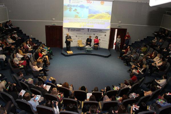 """Đại sứ quán tại Ucraina tổ chức Hội thảo giới thiệu """"Tiềm năng du lịch Việt Nam"""""""
