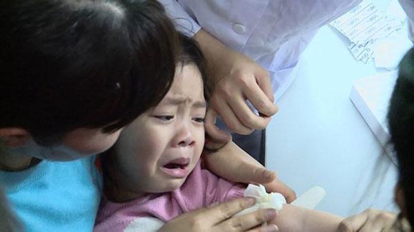 Hàng trăm trẻ mắc sán lợn: Trừng trị nghiêm kẻ gieo rắc bệnh tật