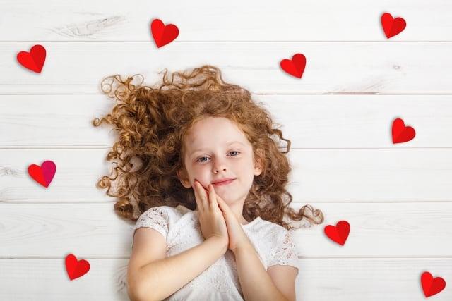 Hãy lắng nghe con trẻ nói về tình yêu