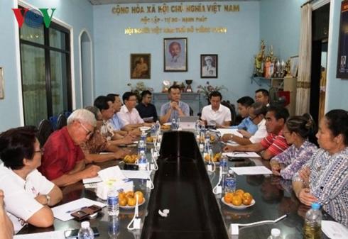 Thành lập Ban Tư vấn pháp lý cộng đồng người Việt tại Vientiane (Lào)