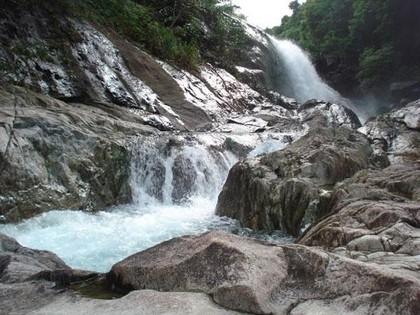 Về Núi Thành, Quảng Nam ngắm Hố Giang Thơm