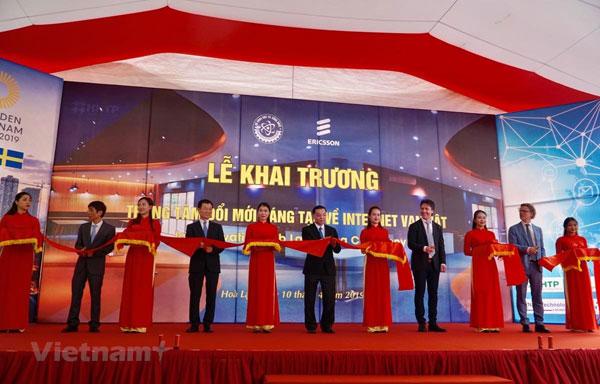 Khai trương trung tâm đổi mới sáng tạo Internet vạn vật tại Việt Nam