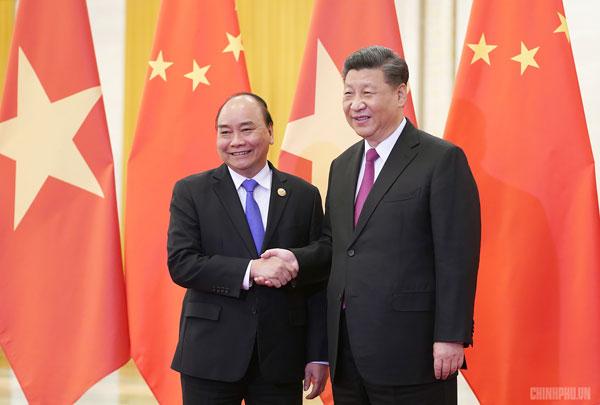 Thủ tướng Nguyễn Xuân Phúc hội kiến với Tổng Bí thư, Chủ tịch Trung Quốc Tập Cận Bình