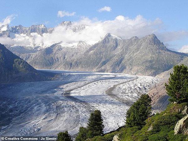 Gần 9.500 sông băng thuộc di sản thế giới sẽ biến mất vào năm 2100