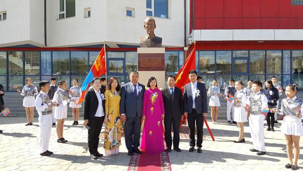 Kỷ niệm 129 năm sinh Chủ tịch Hồ Chí Minh tại Mông Cổ