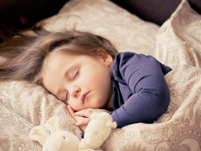 11 bí quyết đơn giản để bạn có một giấc ngủ sâu vào ban đêm