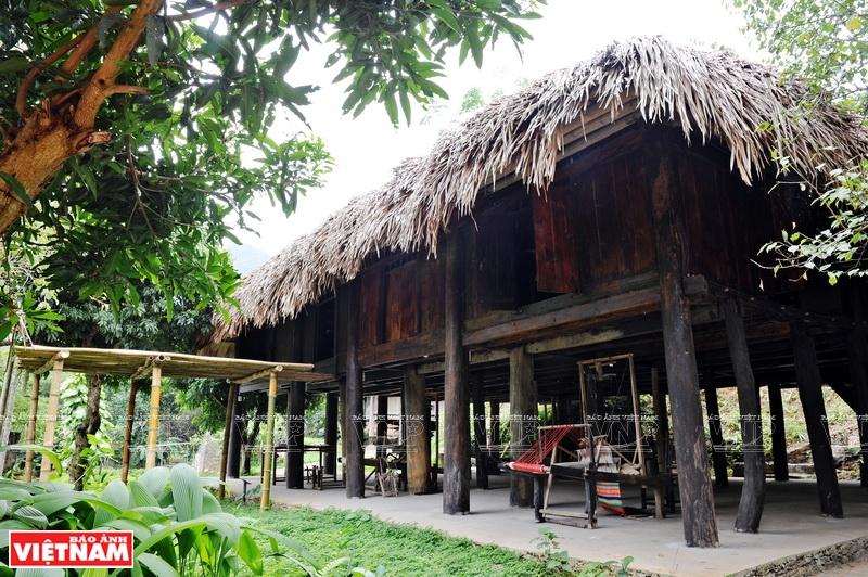 Nhà lang trong văn hóa Mường