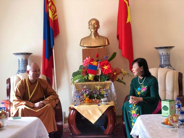 Lãnh đạo Giáo hội Phật giáo Việt Nam thăm ĐSQ Việt Nam tại Mông Cổ