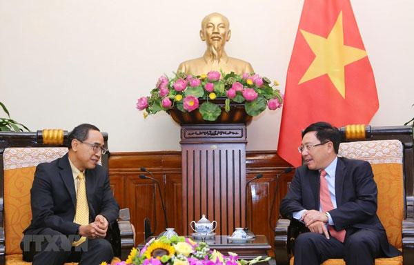 Phó Thủ tướng, Bộ trưởng Ngoại giao tiếp Đại sứ Thái Lan