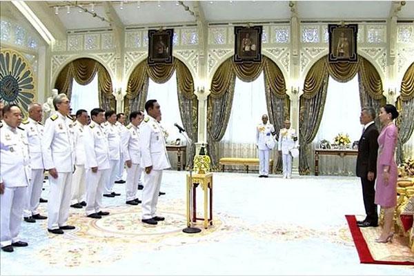 Thủ tướng Nguyễn Xuân Phúc chúc mừng Chính phủ mới Thái Lan