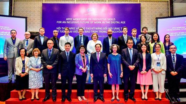 Khai mạc Hội thảo APEC về đào tạo kỹ năng đổi mới sáng tạo vì tương lai việc làm bao trùm trong kỷ nguyên số