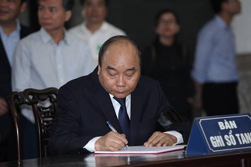 Tiễn biệt Giáo sư Hoàng Tụy, nhà toán học tiêu biểu của Việt Nam