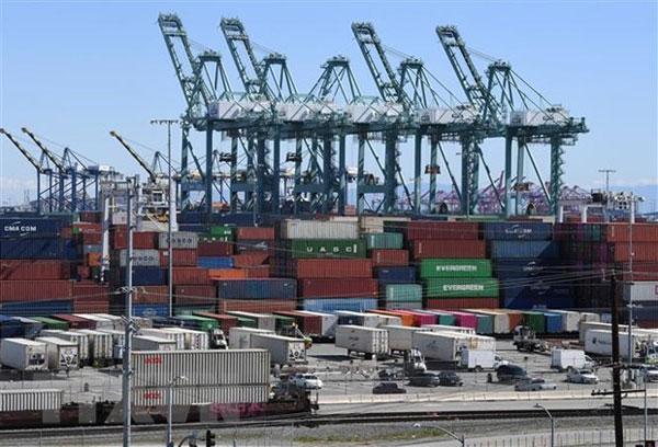 Những hệ lụy khi Mỹ áp thuế bổ sung với hàng hóa Trung Quốc