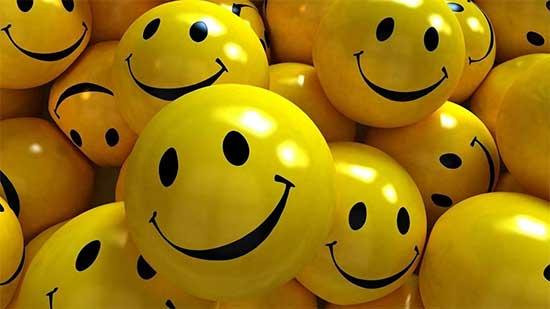Trái bóng hạnh phúc