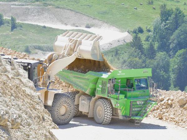 Cùng chiêm ngưỡng chiếc xe tải điện tự sinh ra điện, giúp giảm thiểu 1.300 tấn CO2 trong 10 năm tới