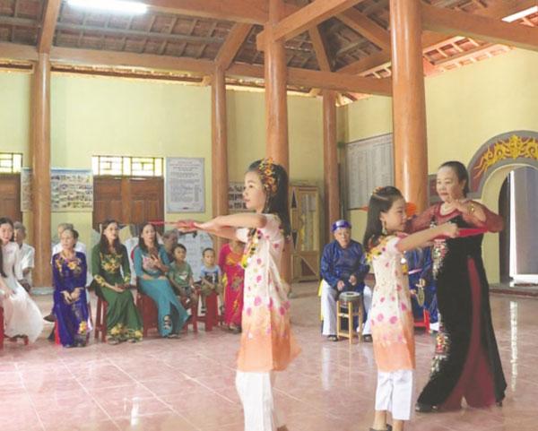 Hát Kiều ở Lâm Lang