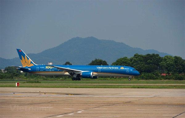 Vietnam Airlines đón tàu bay thứ 100, nâng tầm hàng không Việt
