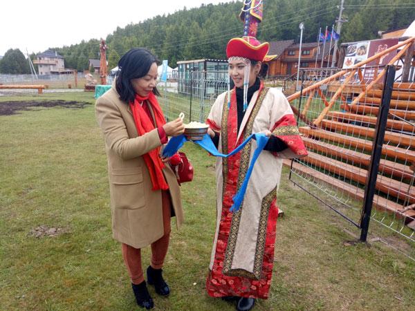Đẩy mạnh hợp tác đầu tư, sản xuất hàng thủ công mỹ nghệ và du lịch giữa Việt Nam và Mông Cổ