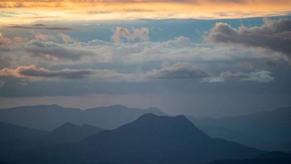 Australia: Sau núi thiêng Uluru, núi Wollumbin có thể sẽ đóng cửa