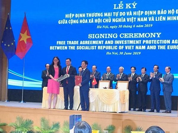 Kinh tế Việt Nam sau 13 năm gia nhập WTO: Tiếp tục vươn ra biển lớn