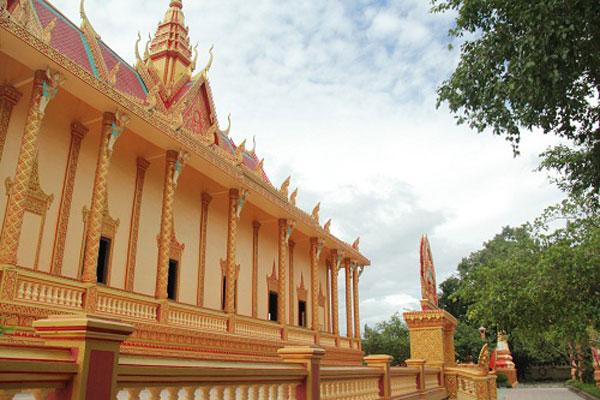 Độc đáo kiến trúc chùa Xiêm Cán