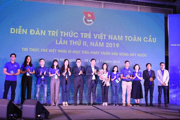 Bế mạc Diễn đàn trí thức trẻ Việt Nam toàn cầu lần thứ II