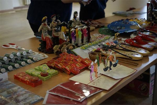 Sinh viên Việt Nam tại Nga quảng bá văn hóa và lịch sử đất nước